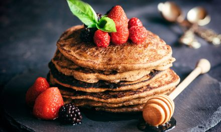 Recipe: Whole wheat and oat pancakes
