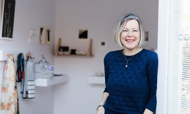 Gallery of Small Things brings art to Canberra backyard